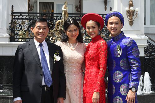 Vợ trẻ ngày càng lấn lướt bố chồng Hà Tăng