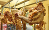 Lưỡi lợn, kê gà: Món khoái khẩu khách Tây khó nuốt
