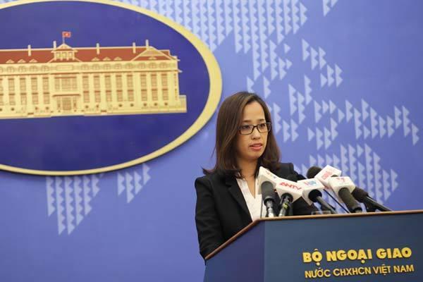 Bộ Ngoại giao có phó phát ngôn viên xinh đẹp