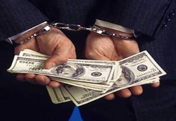 Nhân viên ngân hàng: Lương 8 triệu, ngày làm 11 tiếng