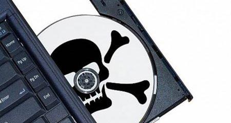 Dùng phần mềm lậu: Nguy cơ bị cấm bán hàng vào Mỹ