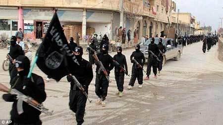 Chiêu trò tinh vi tạo suối tiền của IS