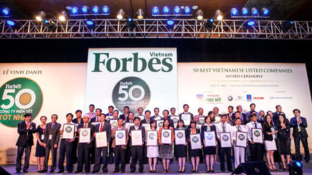 Vinamilk vào top 50 công ty niêm yết tốt nhất VN