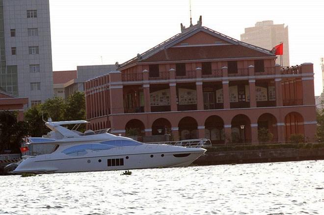 Du thuyền 100 tỷ: Nhà chồng Hà Tăng đệ nhất tay chơi Sài Thành