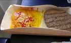 Món ăn tồi tệ khiến khách nhịn đói trên máy bay