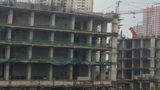 Tháp xám: 'Di sản' hoang lạnh giữa Thủ đô