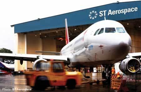 Máy bay Singapore bị Indonesia ép hạ cánh phải nộp phạt