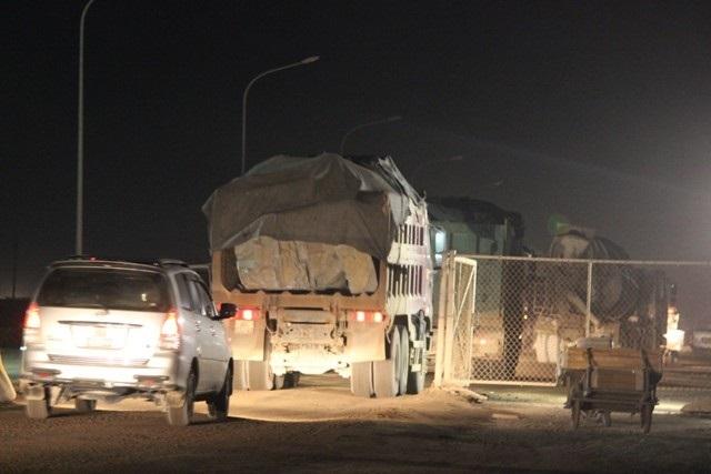 Rối bời kiểm soát ở 'lãnh địa' xe quá tải