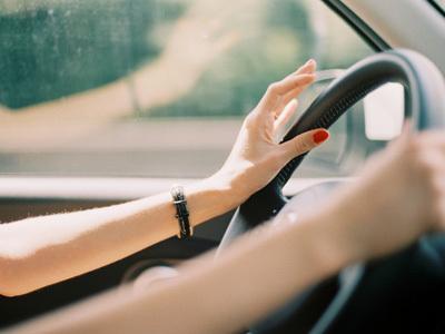 lái-xe, ô-tô, sang-chảnh, phố