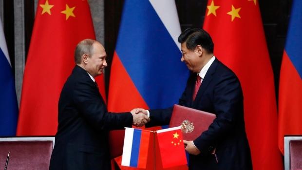 Nga, Trung Quốc, Mỹ, Tập Cận Bình, Putin, Obama, dầu mỏ, USD, Nhân dân tệ, Ukraine, IS, hạt nhân, APEC