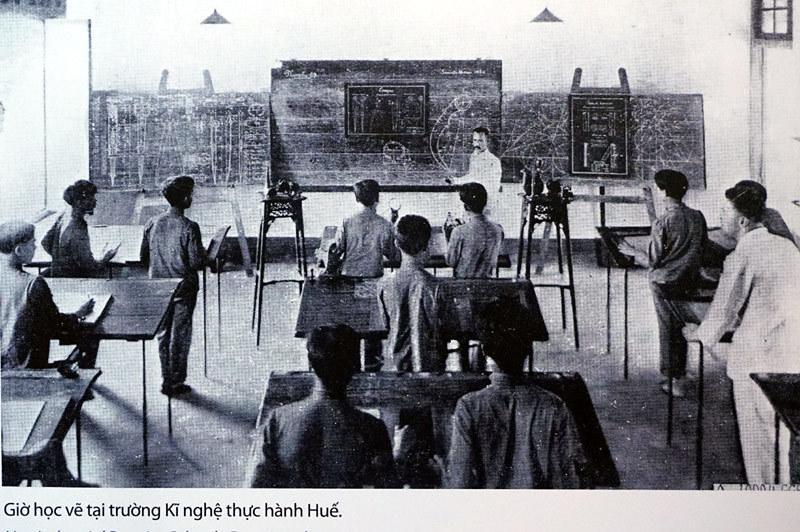 Giáo dục, cải cách, Pháp
