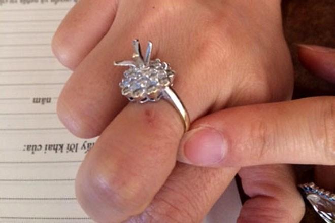 Nữ 'đại gia' Hà thành bị đánh thuốc mê cướp kim cương?
