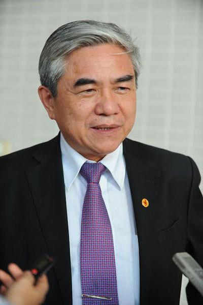 Bộ trưởng Khoa học Công nghệ, Nguyễn Quân, Trần Quốc Hải, Campuchia, xe bọc thép, tàu ngầm, Hai lúa, Đại tướng quân