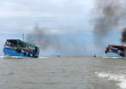 Cứu hộ tàu kéo, sà lan 500 tấn trôi dạt trên biển