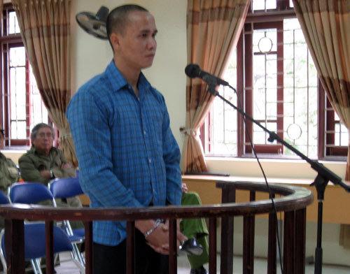 Người hành hung nữ điều dưỡng mang bầu nhận án tù