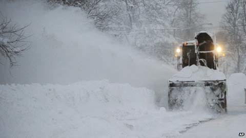 Nước Mỹ trắng xóa vì tuyết