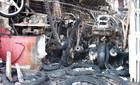 Phá cửa tiệm sửa xe, cứu ông chủ trong đám cháy