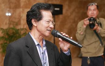 """Chế Linh không hát kiểu """"anh - em"""" với Phương Mỹ Chi"""