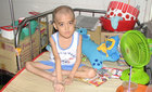 Xin hãy cứu cậu bé ung thư mồ côi
