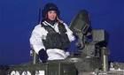 """Cận cảnh """"vũ khí gây xao lãng hàng loạt"""" của Putin"""