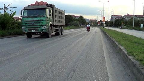 Chống xe quá tải là cuộc chiến cam go với các 'nhóm lợi ích'