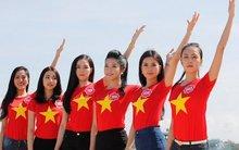 Thí sinh Hoa hậu Việt Nam cùng hướng về biển đảo
