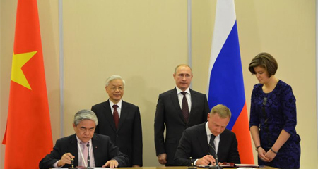 Việt-Nga ký kết nhiều văn kiện hợp tác quan trọng