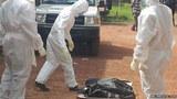 Phơi xác bệnh nhân Ebola để biểu tình