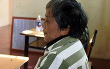 Nữ tù 70 tuổi thức trắng đêm viết thư xin lỗi bị hại