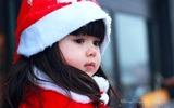 Mê mẩn với gương mặt siêu 'cute' của bé gái 4 tuổi