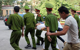 Xử vụ bầu Kiên: Ông Trần Ngọc Thanh choáng ngất tại tòa