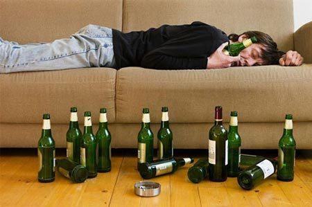 Nguyên nhân hiện tượng 'mất trí nhớ' khi say rượu