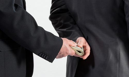 Mạnh tay chống tham nhũng, TQ vẫn tụt hạng thê thảm