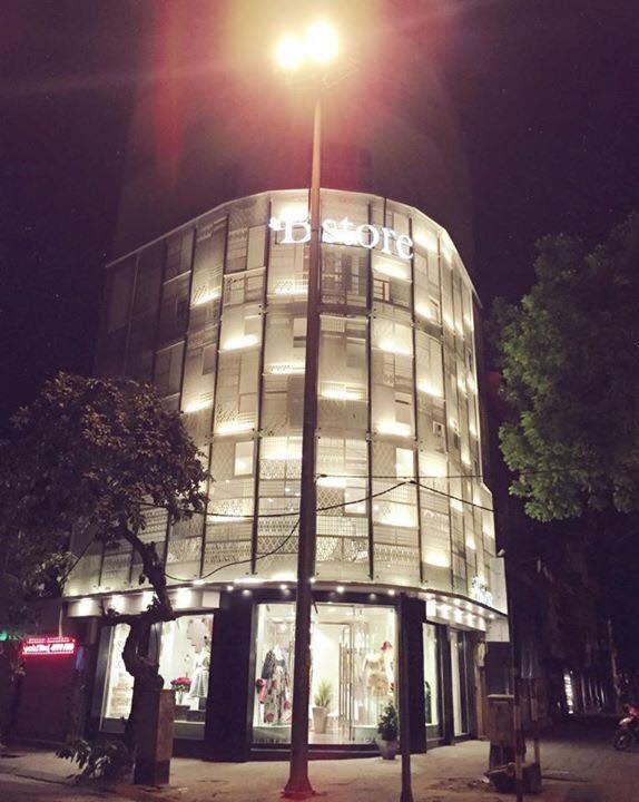 Nhà 7 tầng trên con phố đắt đỏ bậc nhất Hà Nội của Thủy Top