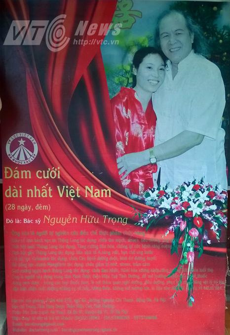 Chuyện tình cụ 80 và thiếu nữ 20 ở HN: Đám cưới kéo dài 28 ngày