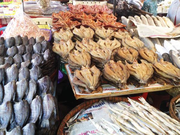 Châu Đốc, mắm, cá khô, đặc sản