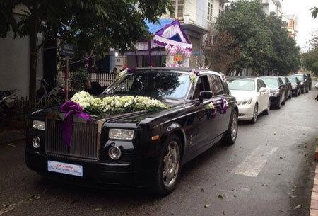 xe hoa, xe cưới, đám cưới, rước dâu, siêu xe, rolls royce, Phantom