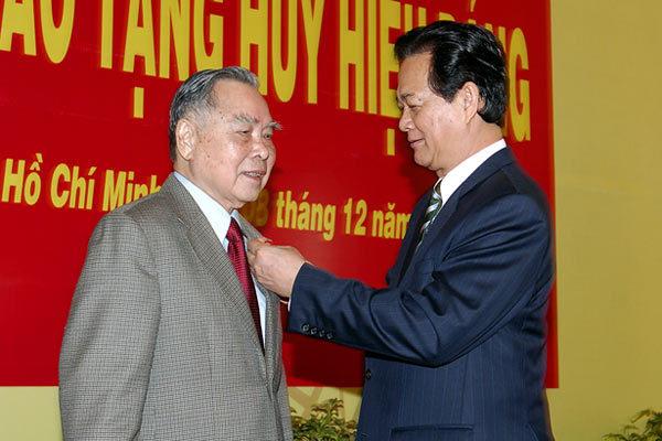 Thủ tướng, Nguyễn Tấn Dũng, Phan Văn Khải