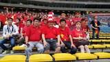 'Gã khùng' chi 600 triệu mua vé xem bóng đá