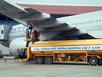 Giá xăng xuống đáy, máy bay làm ngơ giảm giá vé?