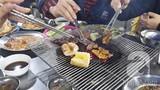 Dạo Hà Nội khám phá thiên đường đồ nướng đa dạng vào mùa đông