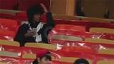 Ảrập Xêút bắt một phụ nữ xem đá bóng