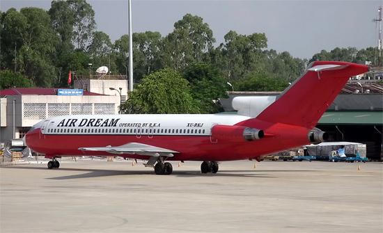 Máy bay Boeing vô chủ ở Nội Bài giá bao nhiêu?