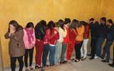 'Đột kích' khách sạn, bắt quả tang 8 đối tượng mua bán dâm