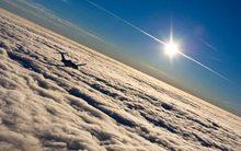 Tại sao phi công máy bay dễ bị ung thư da?