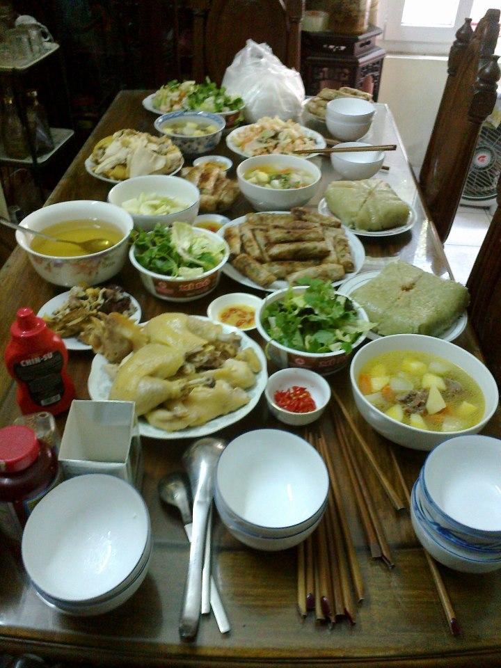 Cận cảnh mâm cơm tối của các gia đình Việt trẻ