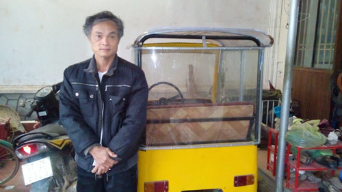 Nghệ An: Nông dân tự chế ôtô mini từ phế liệu