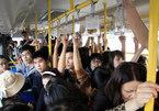 Chống quấy rối tình dục, HN dự tính có xe buýt riêng cho phụ nữ