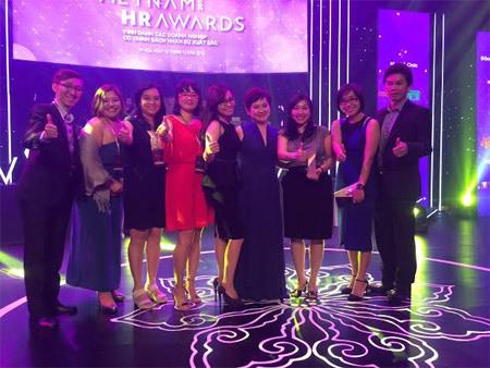AIA Việt Nam nhận giải DN có môi trường làm việc tốt