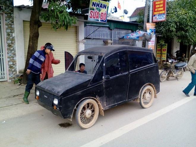 Kế hoạch 10 năm tự chế ôtô đưa con đi học